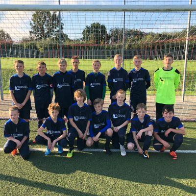 Fußballmannschaft vertrat die Julia-Koppers-Gesamtschule